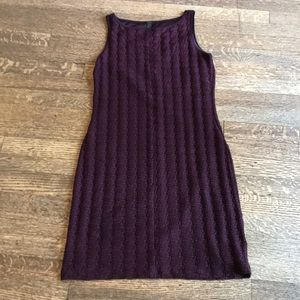 Donna sleeveless maroon textured dress
